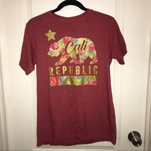 Tops - California Republic graphic tee